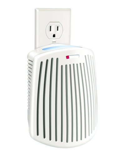 Hamilton Beach True Air Plug Mount odor eliminator with built in night light and one green meadow scent cartridge